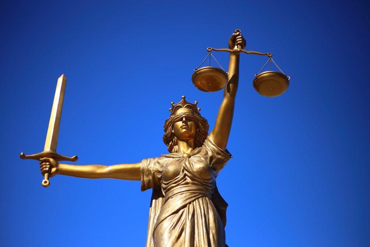 W czym umie nam wspomóc radca prawny? W jakich sytuacjach i w jakich sferach prawa wspomoże nam radca prawny?